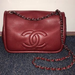 Chanel dark red medium flap/shoulder bag